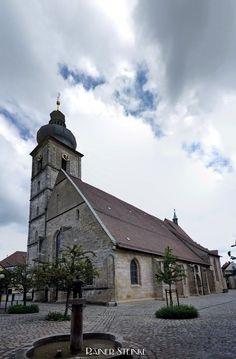 Wetzrillen an der Sankt Martinskirche in Forchheim