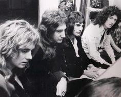 Queen Photos, Queen Pictures, Roger Taylor Queen, Ben Hardy, Queen Freddie Mercury, Queen Band, I Am A Queen, Queen Queen, John Deacon