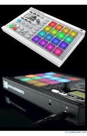 Native Instruments Maschine Mikro 2 - DJ Mix Club Native Instruments, Music Instruments, Dj, Audio, Club, Musical Instruments
