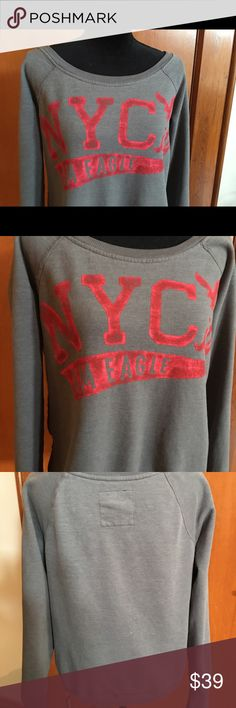 American Eagle Ladies NYC Sweatshirt This is an American Eagle ladies New York City sweatshirt. I purchased this in New York City and wore it twice. Clean and in pristine condition. Price is firm! American Eagle Outfitters Tops Sweatshirts & Hoodies