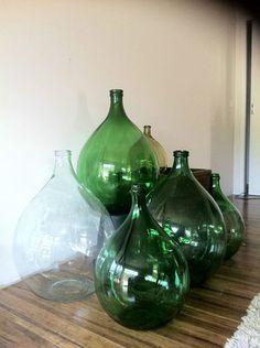 Green vintage glass Demijohn/ Carboy, large bottle industrial retro Antique Glass Bottles, Green Glass Bottles, Vintage Bottles, Bottles And Jars, Glass Jars, Bottle Vase, Vibeke Design, Deco Retro, Colored Vases