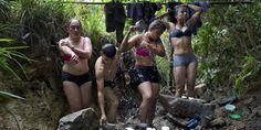 Les femmes, qui représentent 40% des effectifs de l'organisation, ont été associées aux négociations de paix entre la guérilla et le gouvernement colombiens en cours à LaHavane.
