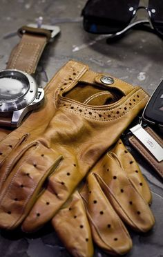 Monterey Driving Gloves by the Lowly Gentlemen by Fancy