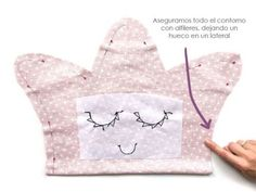1 million+ Stunning Free Images to Use Anywhere Baby Sewing Projects, Sewing For Kids, Free Sewing, Making A Bouquet, Baby Girl Crochet, Sewing Pillows, Baby Shower Balloons, Kits For Kids, Baby Pillows