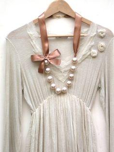 Carrie Bradshaw inspiración collar largo perlas por vintagebynina