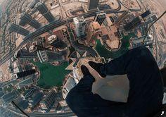 DUBAI LOOK DOWN : £9.99 - James Kingston