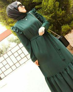 Haja Modern Hijab Fashion, Korean Girl Fashion, Abaya Fashion, Muslim Fashion, Fashion Outfits, Muslim Dress, Islamic Clothing, Mode Hijab, Stylish Dresses