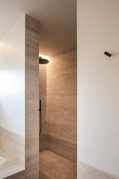 Modern Shower, Modern Bathroom, Small Bathroom, Master Bathroom, Travertine Bathroom, Bathroom Taps, Bathroom Lighting, Shower Fittings, Budget Bathroom