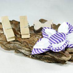 """Ringschale """"Floss"""" www.yournique.de #yournique #RingschaleHolz #Ringkissen #Ringschale #Kanzashi #Handmade #Hochzeit #Stoffblüte #Stoffblume"""