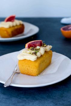 Flourless whole orange and almond loaf cakes