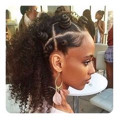 77 Cool Bantu Knot Hairstyles and Tutorial - WomenLive HairCuts Bantu Knot Hairstyles, Loose Hairstyles, Straight Hairstyles, Protective Hairstyles, Protective Styles, Afro Hair Types, Types Of Curls, Bantu Knot Styles, Bantu Knots