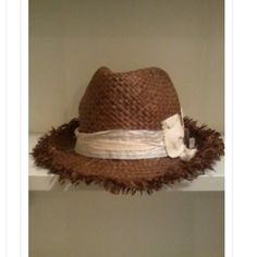 Straw Hat Excellent condition Accessories Hats