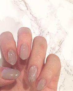 - 今回のネイル ぬーでぃーなベージュに 白で石目っぽいマーブル #ジェルネイル#大理石ネイル #マーブルネイル#ベージュネイル #gelnails#gel by sakurako_ksn Marble Nails, Cute Acrylic Nails, Love Nails, Short Nails, Wedding Nails, Nail Designs, Nail Polish, Nail Ideas, Yahoo
