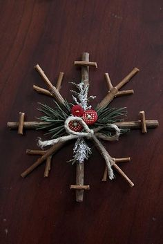 Little Things Bring Smiles: *Rustic Snowflake Tutorial*