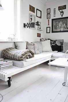 white pallet couch idea