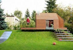 cabane de jardin pour enfants, un escalier flottant, design moderne