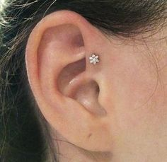 """L.A.'s 10 Coolest Ear-Piercing Combinations — & The Man Behind Them All #refinery29 http://www.refinery29.com/multiple-ear-piercing-ideas#slide-6 """"I love this. The forward helix is a cool piercing if you adorn it the right way — if you're not afraid to put something badass in it.""""..."""
