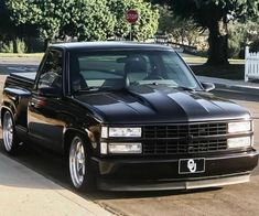 1989 Chevy Silverado, Chevy Stepside, Chevy Pickup Trucks, Chevy Silverado 1500, Chevy Pickups, Chevrolet Trucks, Gmc Trucks, New Gmc Truck, Custom Chevy Trucks