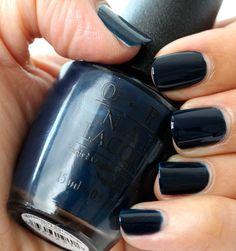 Pretty nail polish colors for fall! Get Nails, Love Nails, How To Do Nails, Hair And Nails, Fall Nail Polish, Nail Polish Colors, Fall Nails, Winter Nails, Gel Polish