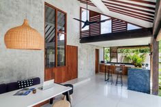 rené kroondijk & de la viesca builds tropical anggana villa in bali