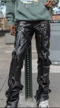 Mens Photos, Leather Pants, Guys, Style, Fashion, Leather Jogger Pants, Swag, Moda, Stylus