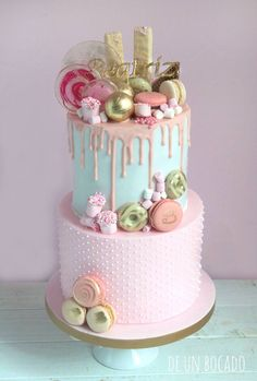 Drip cake in 2020 15th Birthday Cakes, Candy Birthday Cakes, Birthday Cake Girls, 15 Birthday, Bolo Drip Cake, Bolo Cake, Beautiful Birthday Cakes, Beautiful Cakes, Pretty Cakes