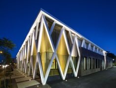 Walkerville Civic & Community Centre / JPE Design Studio