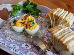 Überbackene Eier mit Pull-apart-Brötchen © Jankes Soulfood