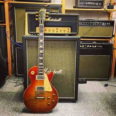 Love it! Les Paul through a Marshall...ahh the possibilities!
