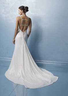 This is exactly how I want the back of my wedding dress to look.  Well, maybe not the square, but the cut of the back.  I love an exposed back, so sexy and elegant.