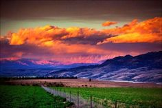 Cromwell, Central Otago NZ. Colourful, sky