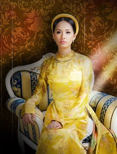 """Vietnam- """"namphuong"""" queen south Vietnam. famous queen pretty talented and has lots of anecdotes, poems, sayings or the queen has gone down in history. Queen became the idol character with vietnam."""