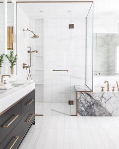 Elegant and luxury bathroom design ideas for a unique home decor. Elegant and luxury bathroom design ideas for a unique home decor. Minimalist Bathroom, Marble Tub, Bathroom Renovation, Bathroom Decor, Luxury Bathroom, Bathroom Renos, Bathroom Interior Design, Bathroom Renovations, Bathroom Design