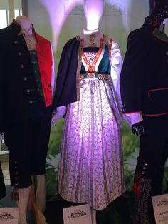 Oslo, Fashion History, Traditional Dresses, Mittens, Ukraine, Norway, Special Occasion, Sequin Skirt, Costumes