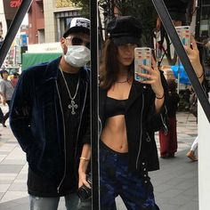 bel-hadid:  Abel and Bella  what does he have the mask on for?