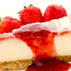 No-Bake Cheesecake with Strawberry Sauce