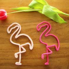 Joli flamant rose en tricotin