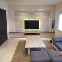 Description: modern living room trend in 2019 loves the timeless, spacious design with bursts of bright colors. These ideas will inspire your remodeling pr Minimalist Living Room Furniture, Living Room Modern, Living Room Interior, Living Room Decor, Living Room Tv Unit Designs, Living Room Trends, Living Room Inspiration, Tv Wall Decor, Wall Tv