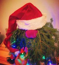 """Páči sa mi to: 5, komentáre: 0 – Zuzana (@spagi.sk) na Instagrame: """"Skúsili sme týchto čečinových škriatkov čo sú teraz všade 🤦♀️ 🎄 originál sa robia asi na…"""" Christmas Stockings, Christmas Tree, Tree Skirts, Holiday Decor, Instagram, Home Decor, Needlepoint Christmas Stockings, Teal Christmas Tree, Decoration Home"""