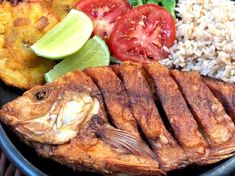 Mojarra Frita - AntojandoAndo Whole Fish Recipes, Mexican Food Recipes, American Food, Pork, Restaurant, Meat, Chicken, Instagram, Google