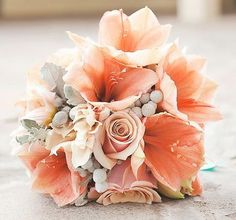 peach reception wedding flowers,  wedding decor, peach wedding flower centerpiece, peach wedding flower arrangement, add pic source on comment and we will update it. www.myfloweraffair.com