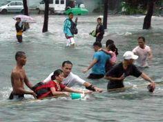Typhoon Ondoy in Manila , Marikina , Cainta ... Sept 26 2009... Philippines - http://www.manila-mega.com/typhoon-ondoy-in-manila-marikina-cainta-sept-26-2009-philippines/