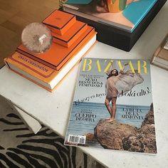 Últimas lecturas de enero por @javierdejuanas.  via HARPER'S BAZAAR ARGENTINA MAGAZINE OFFICIAL INSTAGRAM - Fashion Campaigns  Haute Couture  Advertising  Editorial Photography  Magazine Cover Designs  Supermodels  Runway Models