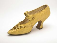 yellow silk shoes with a grosgrain lining owned by London stage performer Kitty Lord, c. Courtesy of the Museum of London. 1900s Fashion, Edwardian Fashion, Vintage Fashion, Vintage Style, Edwardian Shoes, Edwardian Dress, Edwardian Era, Victorian Era, Vintage Shoes