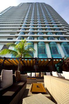 Hilton & Le Meridien Hotel glass detail by rspkl