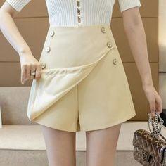 Nautical Hats, Modelista, Knit Shorts, Skort, Short Dresses, Color Black, Mini Skirts, Pants, Design