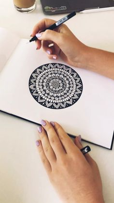 mandala etc watercolour mandala Doodle Art Art doodle art Mandala watercolor Watercolour Easy Mandala Drawing, Mandala Art Lesson, Art Drawings Sketches Simple, Mandala Doodle, Mandala Artwork, Simple Mandala, Doodle Art Drawing, Zentangle Drawings, Mandala Painting
