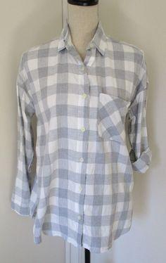 Old Navy The Boyfriend Flannel Plaid Shirt Gray White Sz S Womens Button Down #OldNavy #ButtonDownShirt #Casual