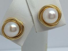 14K YELLOW GOLD CULTURED PEARL BUTTON STYLE EARRINGS