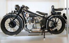 Historische BMW Motorräder - klassische Zweirad-Oldtimer von BMW.